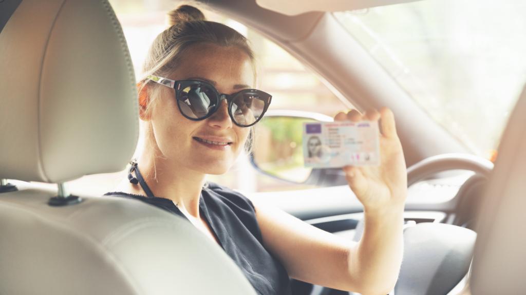 Das erste eigene Auto – darauf sollten Sie beim Autokauf für einen Fahranfänger achten